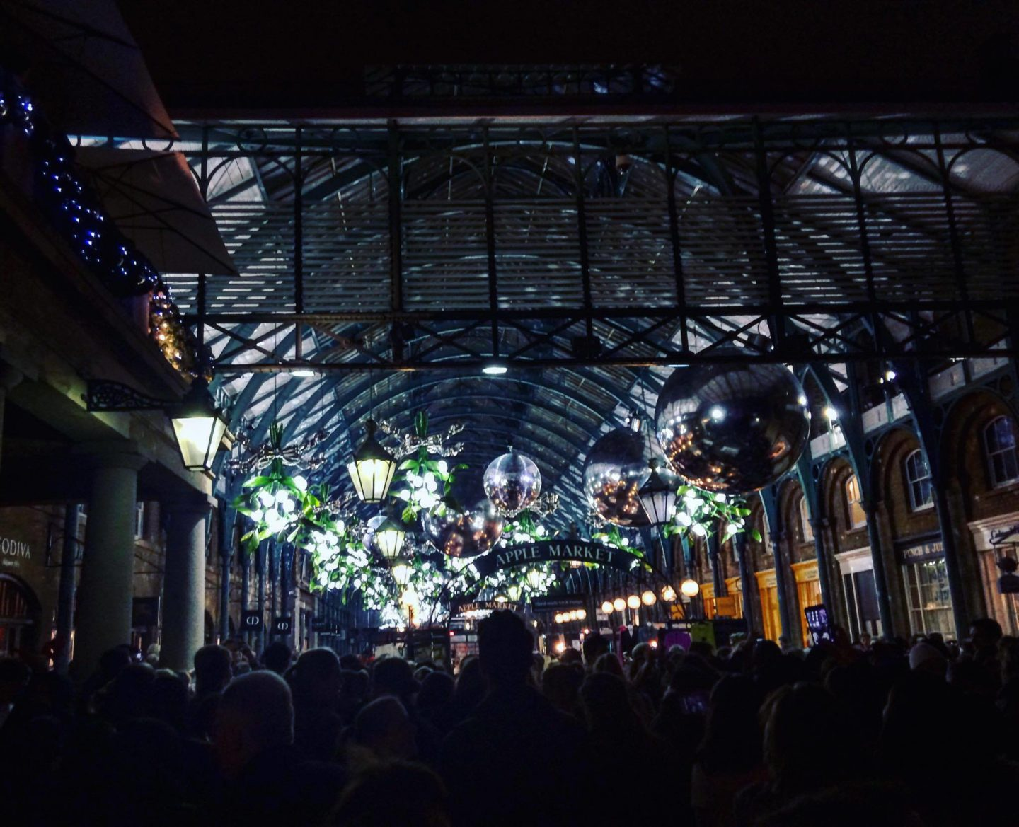 The Ultimate London Experience Christmas Gift Guide