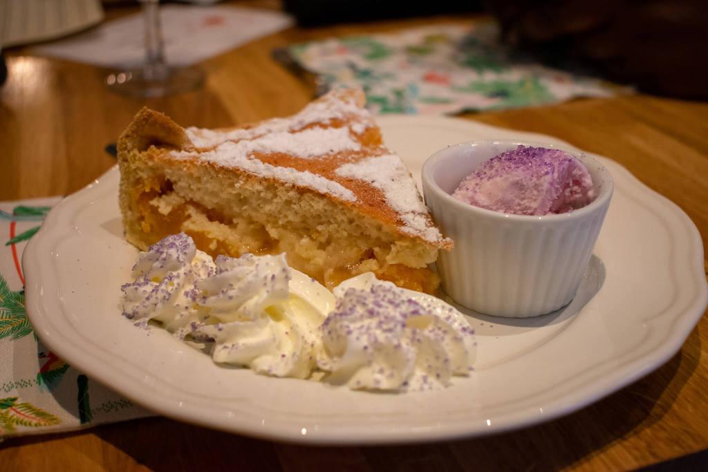 Le Fenetra Toulouse, European snacks