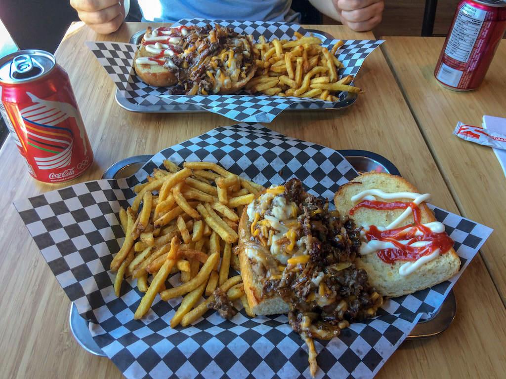 What to do in Kensington Market Toronto - Where to eat - Top Gun Steak & Burgers