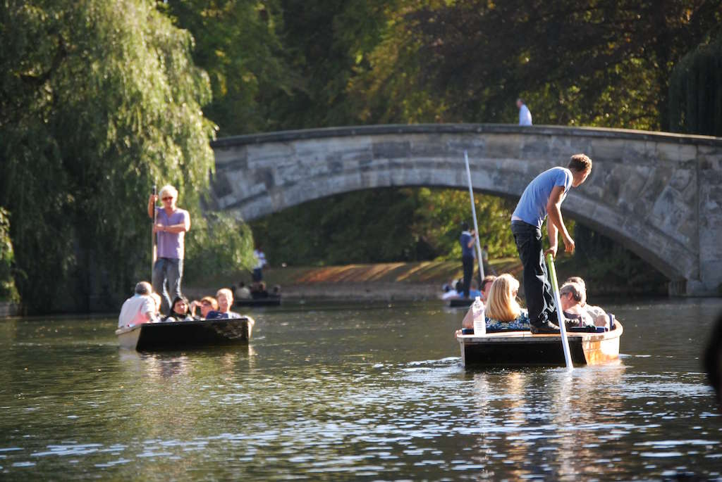 Punts on the river on a sunny day in Oxford