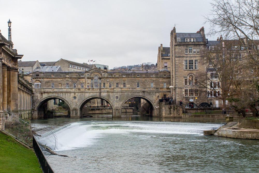 Weekend city breaks in the UK, historic bridge going over water in Bath